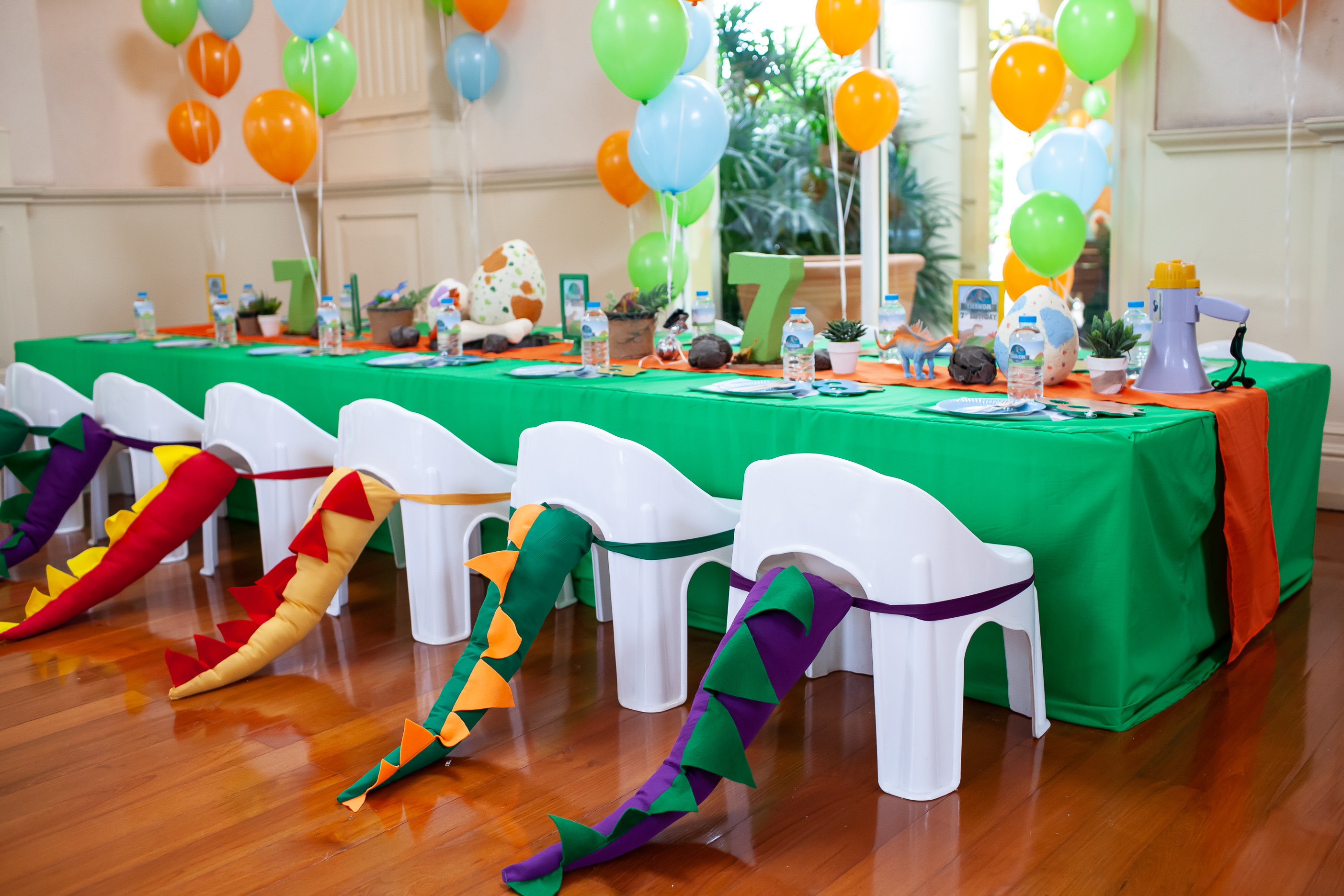 Let's roar and see our Dinosaur themed party ideas for your kids' next birthday including backdrop, balloons, party decoration, mascot and more fun stuffs!
