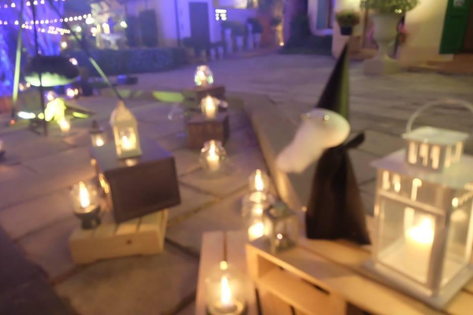 ปาร์ตี้บริษัท สตาฟปาร์ตี้ เอ้าท์ติ้ง มาในธีม Dark Fantasy เราให้บริการจัดปาร์ตี้ รับจัดอีเวนท์ครบวงจร ทั้งการตกแต่ง อาหาร และกิจกรรม เอนเตอร์เทนเม้นท์ จัดตามธีมที่คุณต้องการ