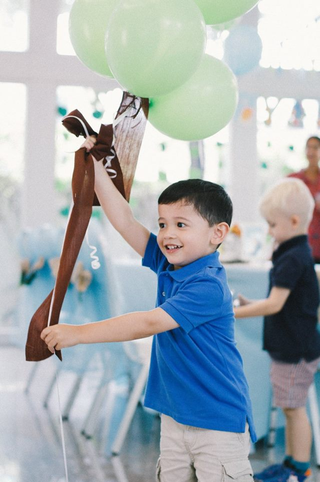 Cute Baby Safari birthday - a lot of memorable moments with party decoration, party food and drinks and more
