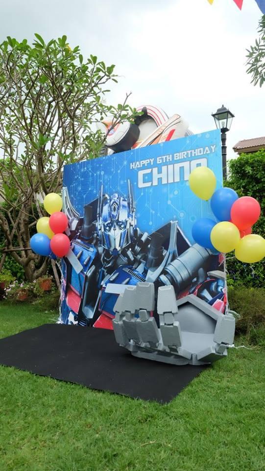 ธีมปาร์ตี้วันเกิด Transformers สุดเท่ - เราให้บริการตั้งแต่ตกแต่งสถานที่ ลูกโป่ง อาหาร ขนม เครื่องดื่ม และกิจกรรมต่างๆ สามารถออกแบบตามความต้องการได้ทั้งหมด