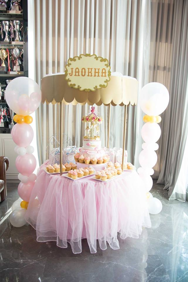An amazing birthday party decoration for Jaokha in Carousel theme! Thank you our celeb customer, K.Kratae, for choosing us, the party planner for kids birthday, providing one-stop party service in Bangkok area