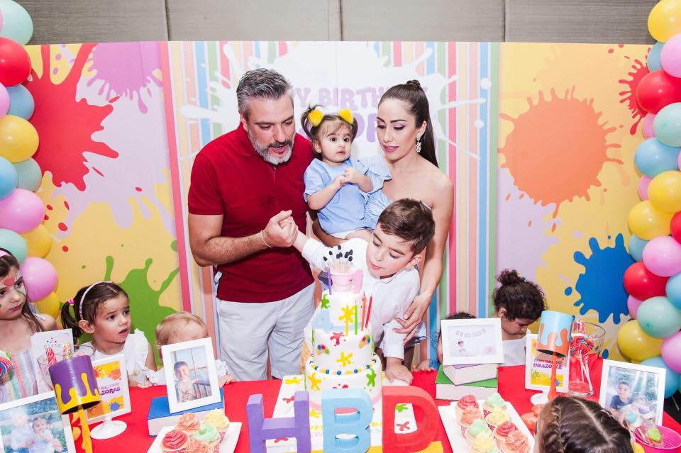 Birthday party in rainbow color, Splash theme for your kids including decorations, balloons, backdrop, photobooth, table setting and party activities