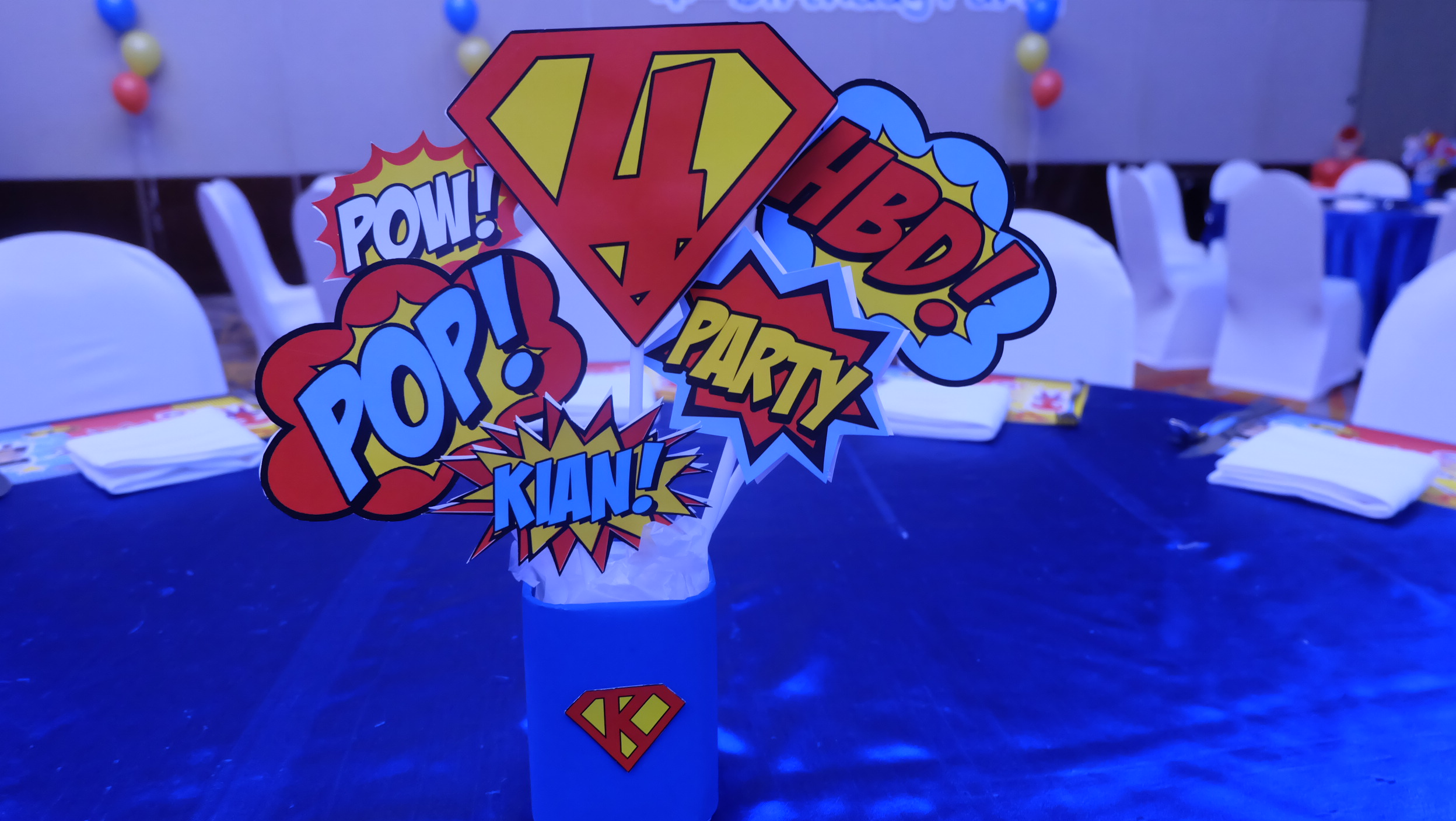 Favorite birthday theme for boys, Superheroes. Choosing us, the birthday party organizer providing decoration, birthday cake, entertainments, party games, bozo, magician, balloon twist, clowns, show and more fun stuffs