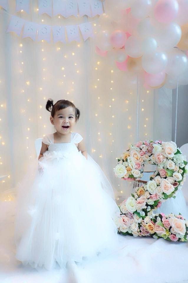 Birthday party organizer - we do the birthday decoration for little Jaokha, K.Kratae's daughter, providing backdrop, photo props, flower number for stunning photos