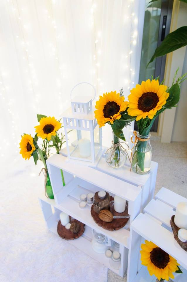 Yellow and blue colors for Lively Sunflower birthday party - beautiful themed party ideas including backdrop, balloons, party decoration, shows, pool party  and more fun stuffs!