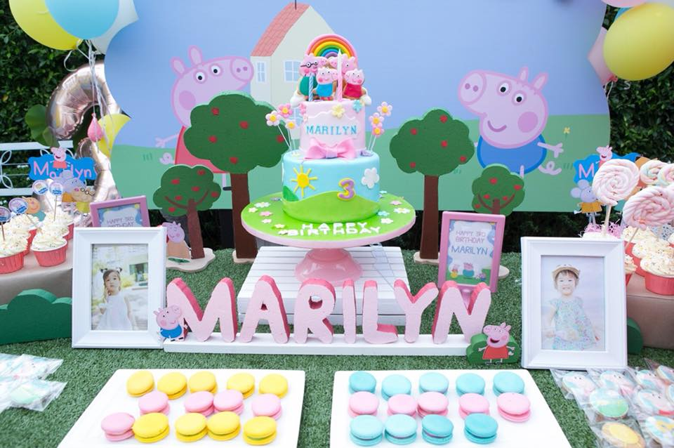 ปาร์ตี้ธีมเปปป้าพิค งานวันเกิดน้องมาริลีน ลูกสาวคุณเม มาริษา เซอร์ไพรส์เด็กๆด้วยการจัดตกแต่งปาร์ตี้สุดน่ารัก มาสคอตเปปป้าพิค โต๊ะขนม ของขวัญวันเกิด