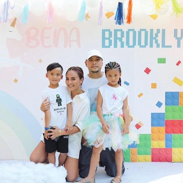 Bena and Brooklyn's birthday party in Unicorn Lego theme including cake and dessert table, kids table, decoration and surprise balloons