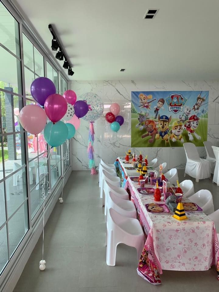 K.Ann Alicia and K.Puri's daughther, Little Richa with her sweet Paw Patrol birthday party including cake and dessert table, kids table, decoration and surprise balloons