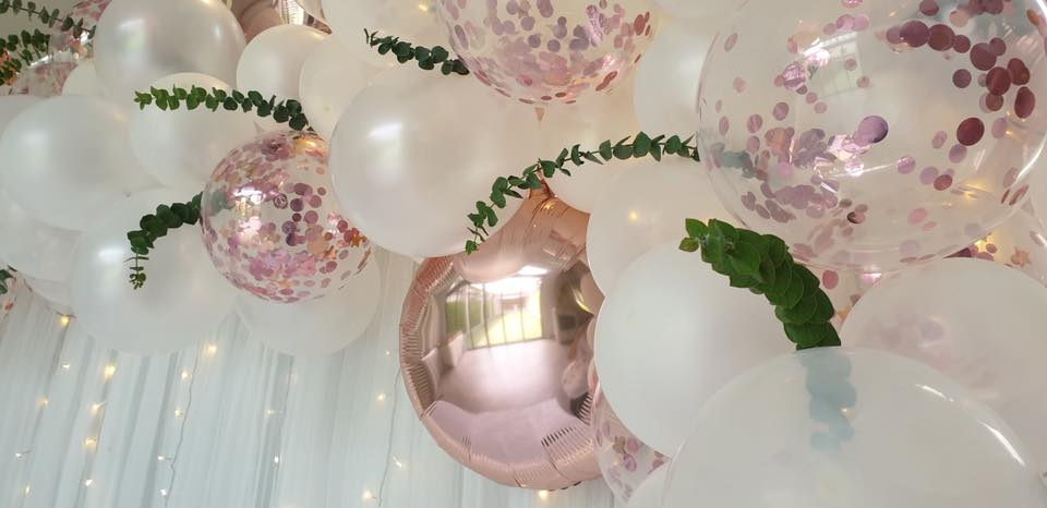 Baby Shower and gender reveal party for celebrities, K.Lydia and K.Matthew, cute decorations and balloons in rose gold theme color for baby shower and gender reveal party