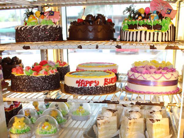 Kim Leng Bakery Ʒ�陵面包西果屋 Bakery And Cakes House Batu