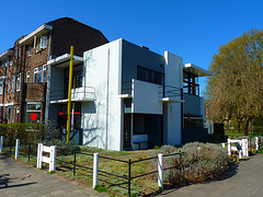 Rietveld Schröderhuis (Rietveld Schröder House)