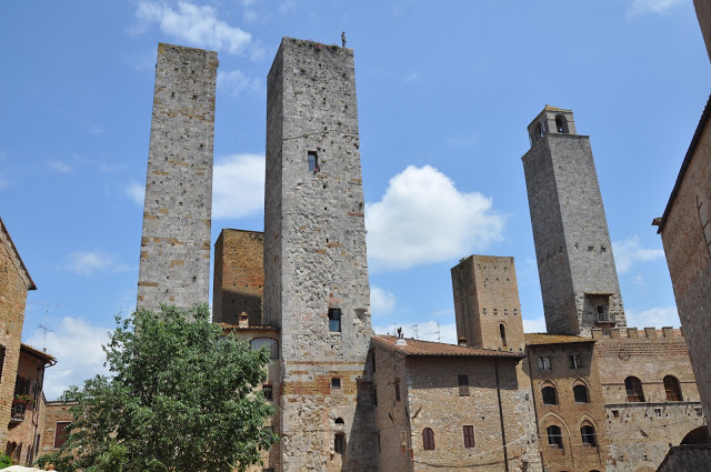 The Tuscan Hilltowns of San Gimignano and Volterra