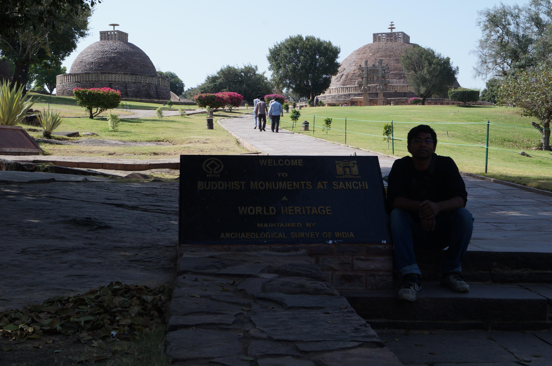 Buddhist Monuments at Sanchi - India prasun bheri