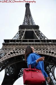 Looking @ Tour Eiffel