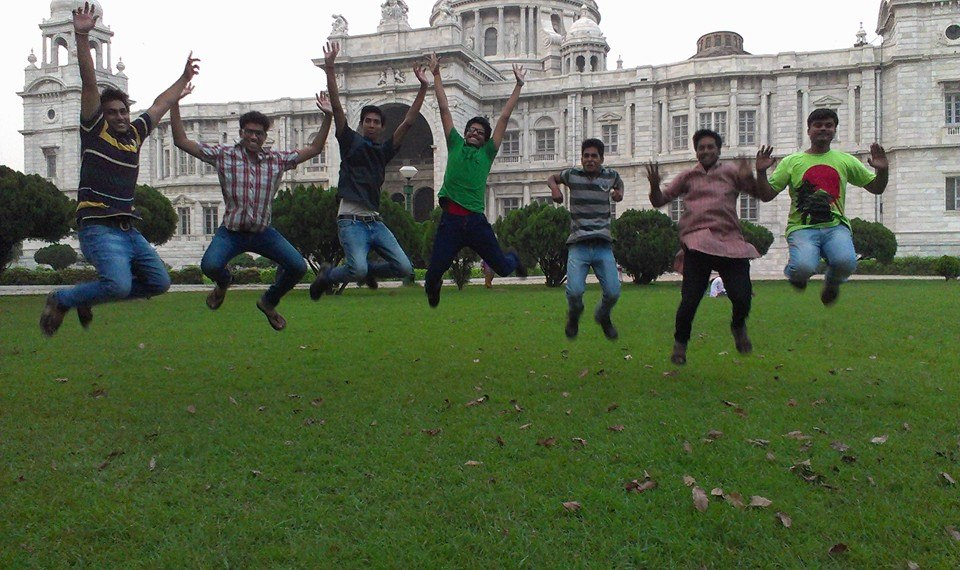 Victoria Memorial with friends