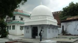 Tomb of Bahlol Lodhi - By Komal Potdar