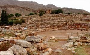 Palace of Zakros in southeastern Crete -photo by Damian Entwistle (Flickr)