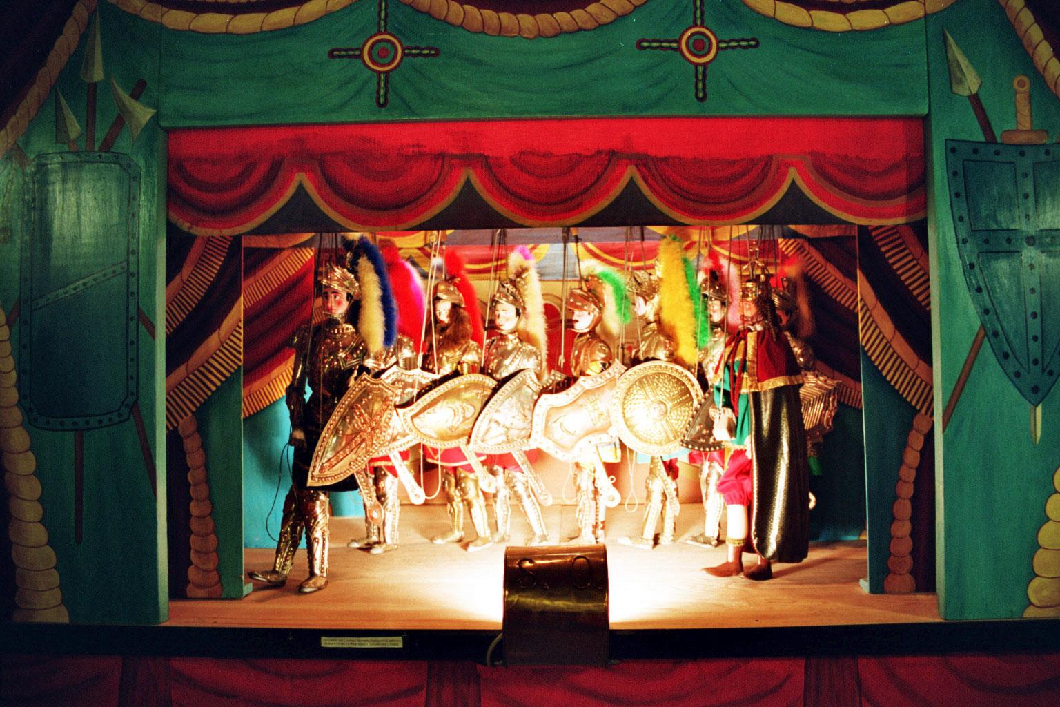 Opera dei Pupi, Sicilian puppet theatre