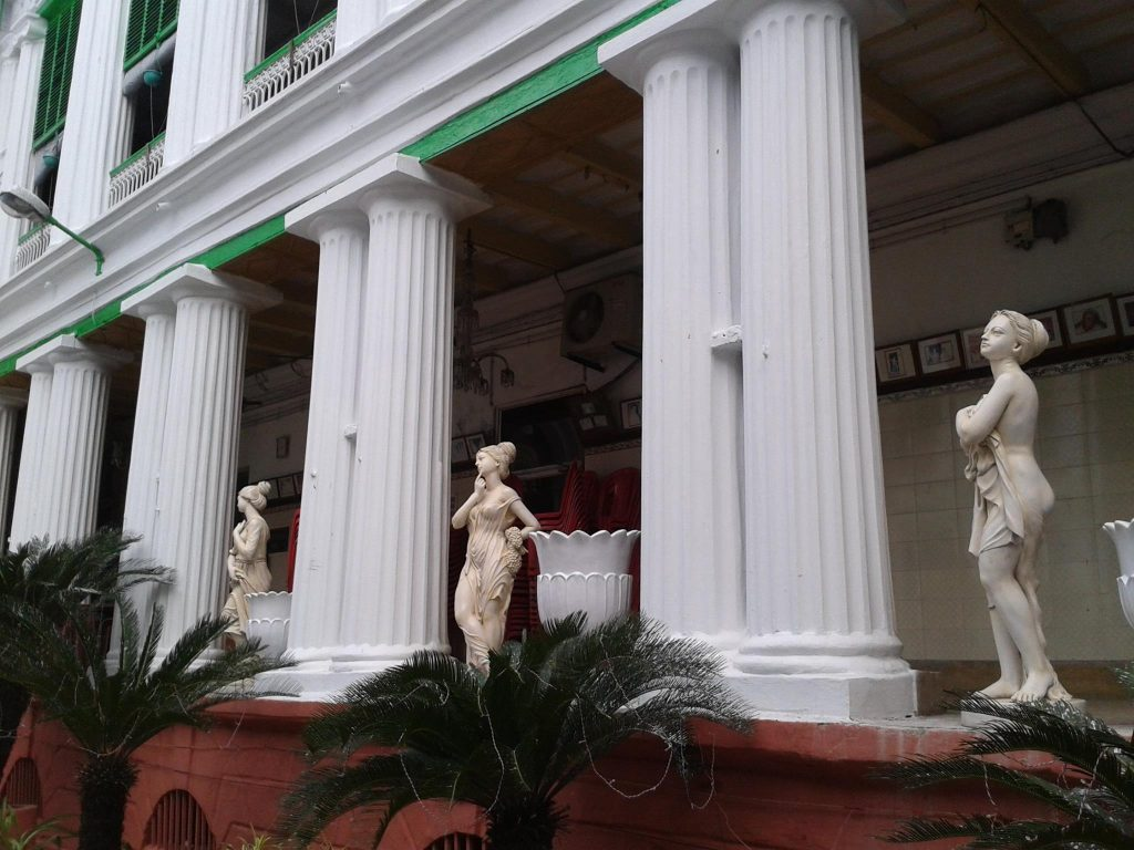 Marble statues adorn a corridor at Pathuriaghata Ghosh mansion Photo Courtesy : Supriyo Dutta
