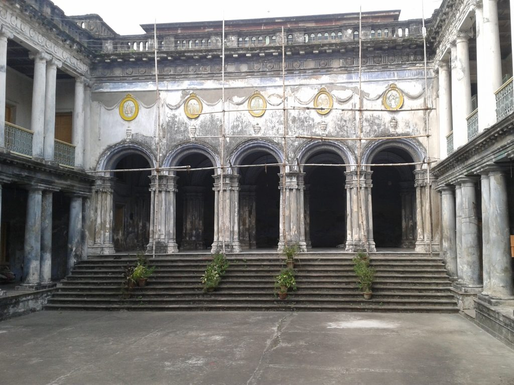The neglected Thakurdalan of the Jorasanko Rajbari Photo Courtesy : Supriyo Dutta