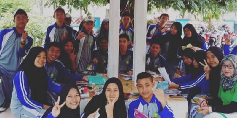 GURU BERBAGI | Hikayat ( Cerita Rakyat )
