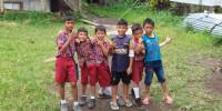 Situasi pandemik Covid19 sekarang ini membuat gambar pendidikan Indonesia mendadak berubah. Semua pemangku kepentingan, baik pemerintah, sekolah, maupun orang tua terpaksa berubah. Pendidikan yang sering diidentikkan dengan pergi ke sebuah bangunan bernama sekolah, dan di dalam ruang berbatas tembok bernama kelas harus mereka ubah menjadi Pendidikan jarak jauh (PJJ) atau Belajar dari Rumah (BDR). Aturan […]