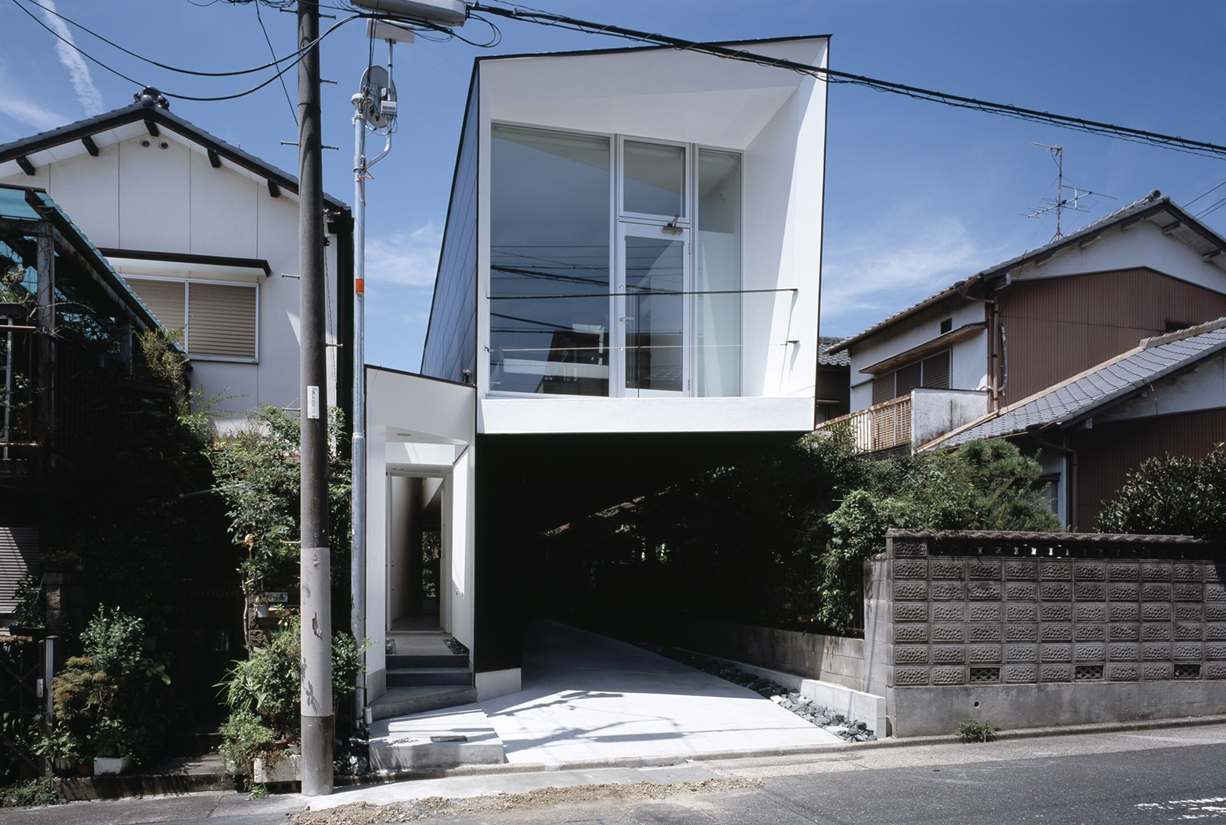 M House by D.I.G. Architects