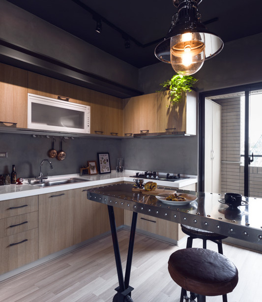 Bachelor Apartment Kitchen Design: Industrial Styled Bachelor Apartment By House Design Studio
