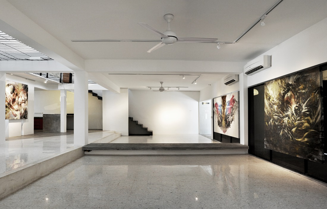 ... Contemporary Art Gallery Design Images ...