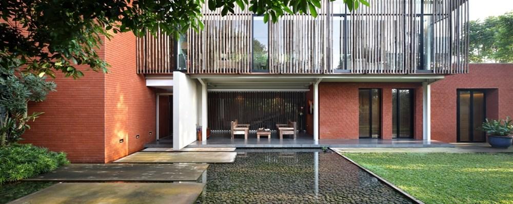 Beautiful Resort Style Home Design By Wahana Cipta Selaras
