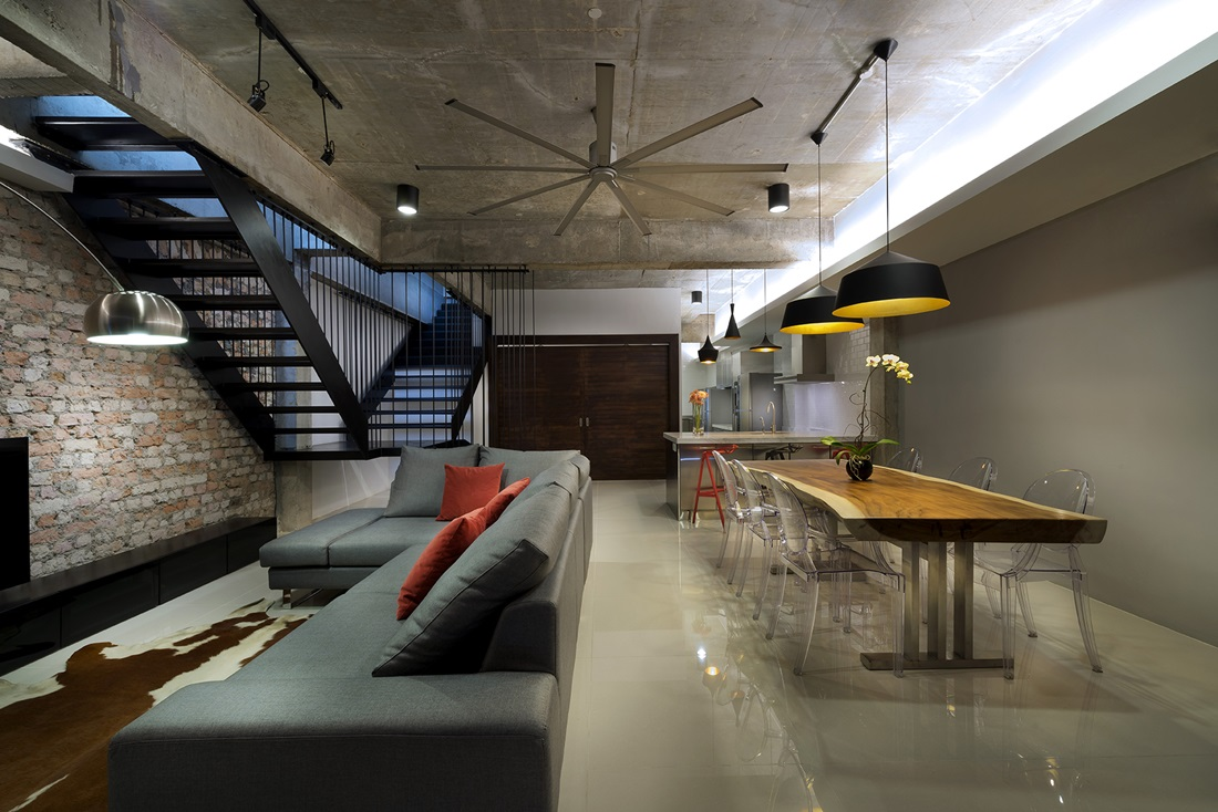 Surreal reconstruction of 23 terrace by drtan lm architect for Terrace house singapore