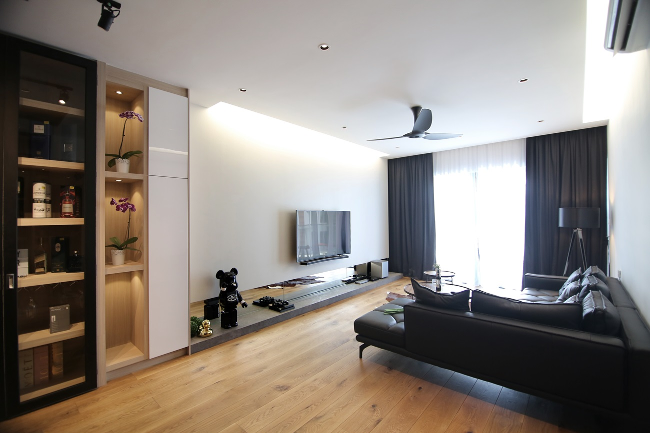 Clean lines inspires this asian minimalist interior design for Minimalist house cleaning