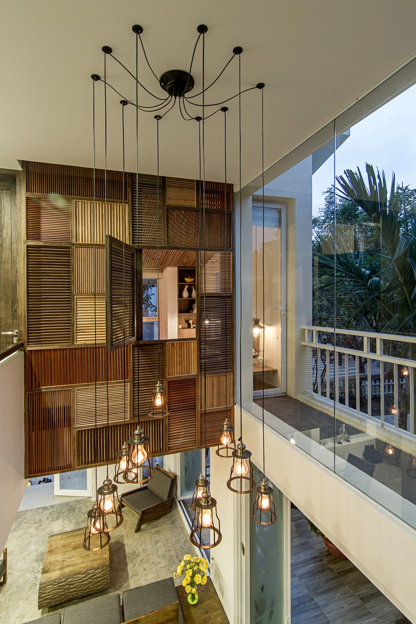 Raw finishes and fascinating interior elements by AHL architects ...
