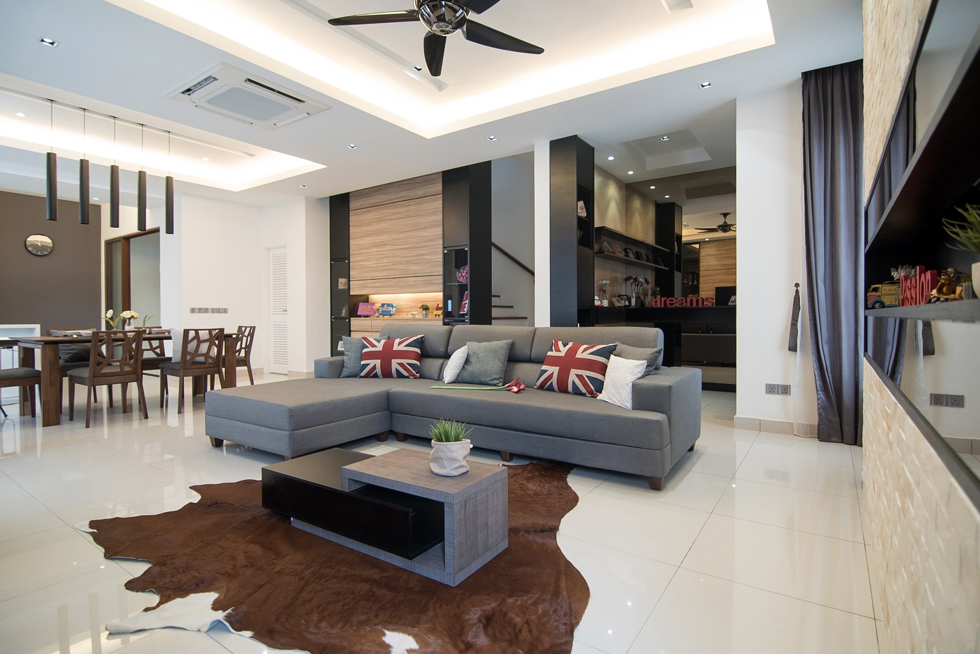 Simplicity of design by nu infinity results in a for Best house design malaysia