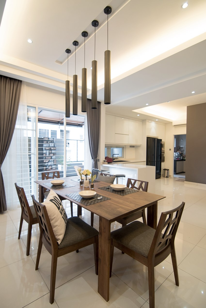 Timber Dining Table And Chairs Combined With A More Modern Styled Pendant Lighting
