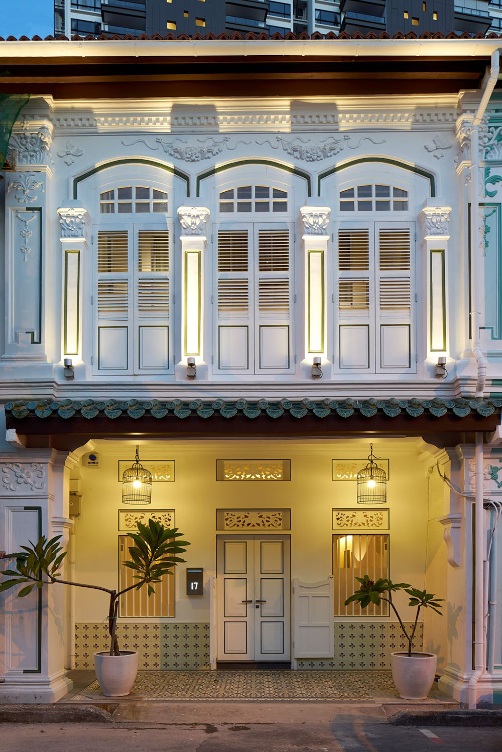 Peranakan shophouse transformed by ong ong into a modern for Modern home decor malaysia
