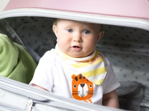 10 Tips for a Great Family Holiday While Traveling with an Infant