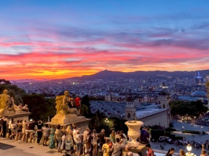 Why Barcelona is the Ideal Summer Destination!