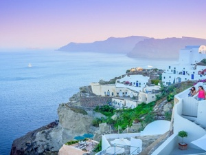 Top 6 Reasons to Visit Greece - From Ancient Ruins to Classic Greek Dishes