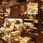 Small Top 5 Places in Colombo for Take-Home Souvenirs & Gift Items