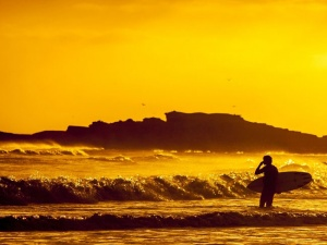 10 of the World's Best Surfing Destinations for Muslims