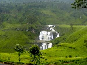 6 of the Most Beautiful Waterfalls of Sri Lanka