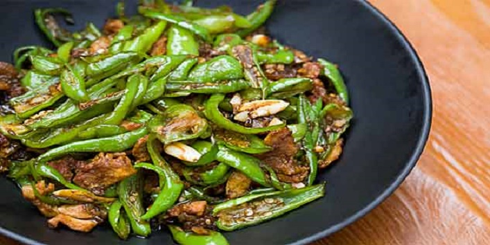 food-with-green-chilli-633x319