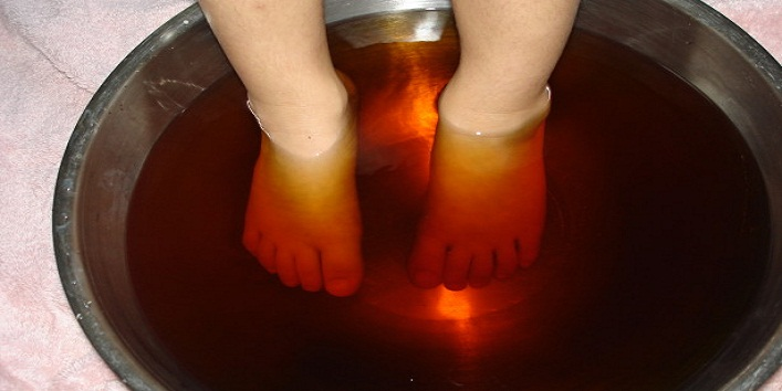 Coffee to relax tired feet-