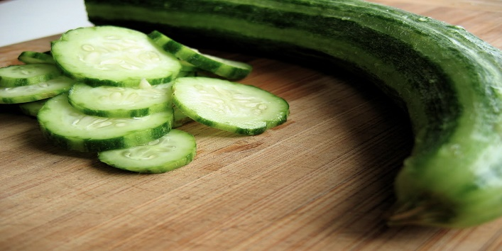 Cucumbers for hydrating and brightening