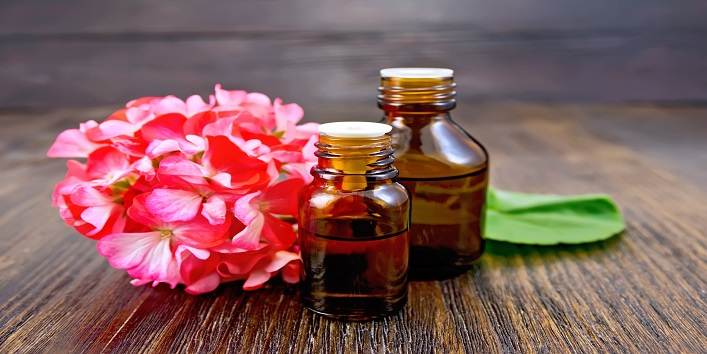 Geranium Oil for tight and acne-free skin