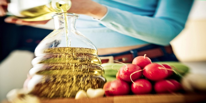 How Does Olive Oil Ease Period Pain