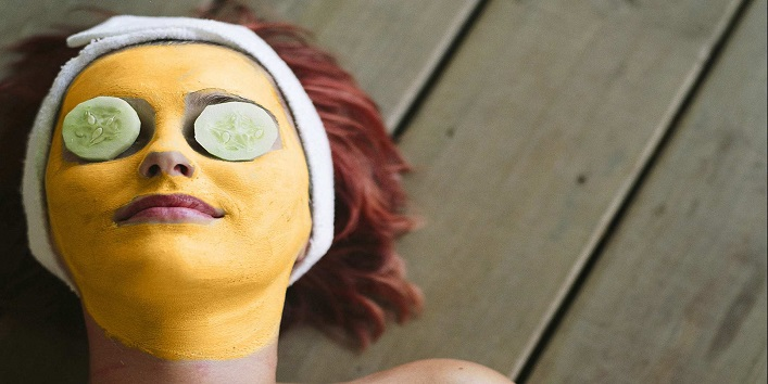 Turmeric & Yogurt Face Mask