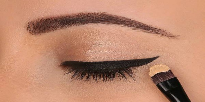 Add twist to your eye makeup