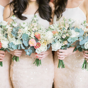 Choosing The Right Bridesmaids' Dresses For Your Girl Squad